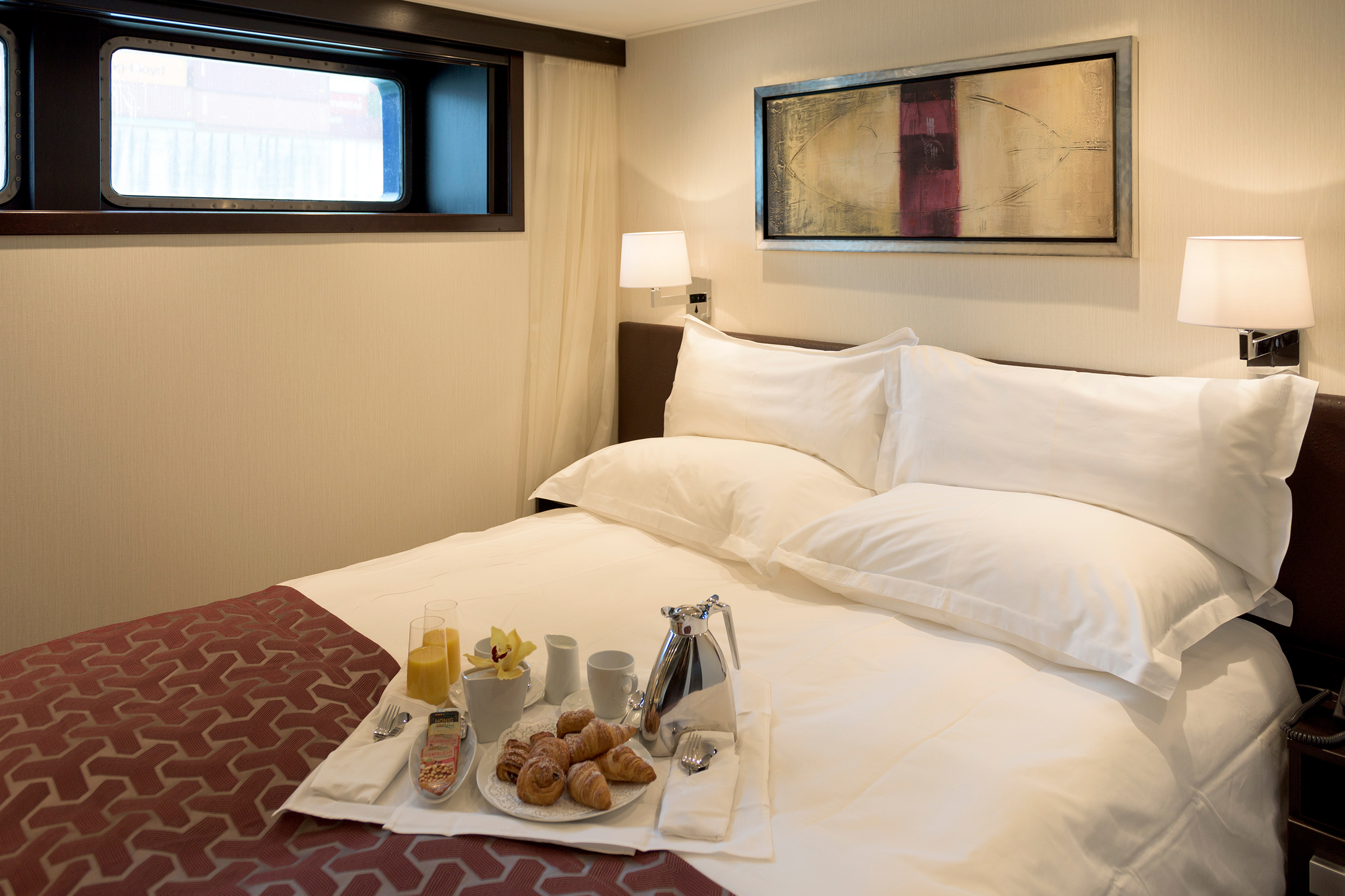 PASSION_deluxe_stateroom-1.jpg