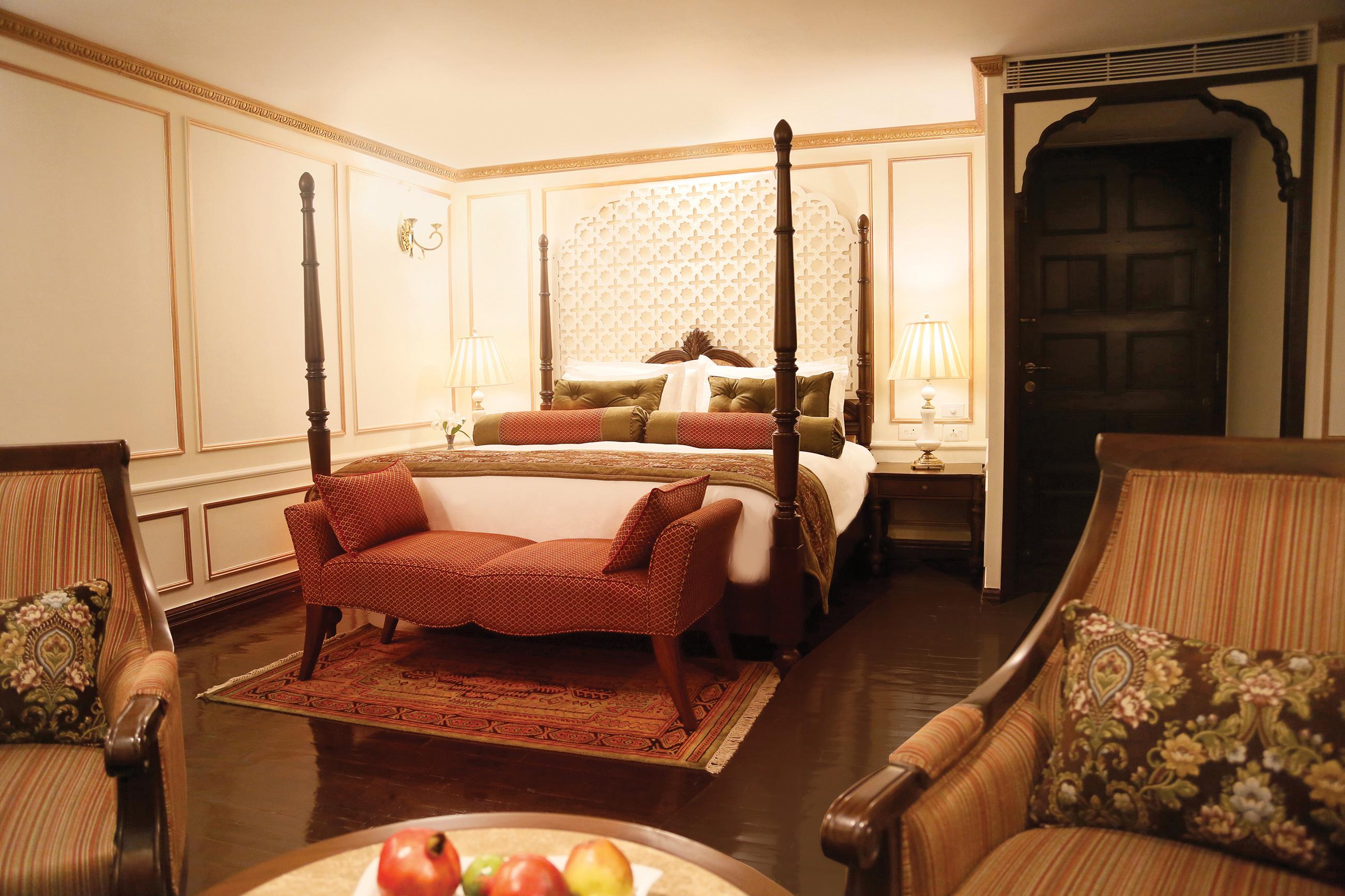 GANGES_maharaja_suite-1.jpg