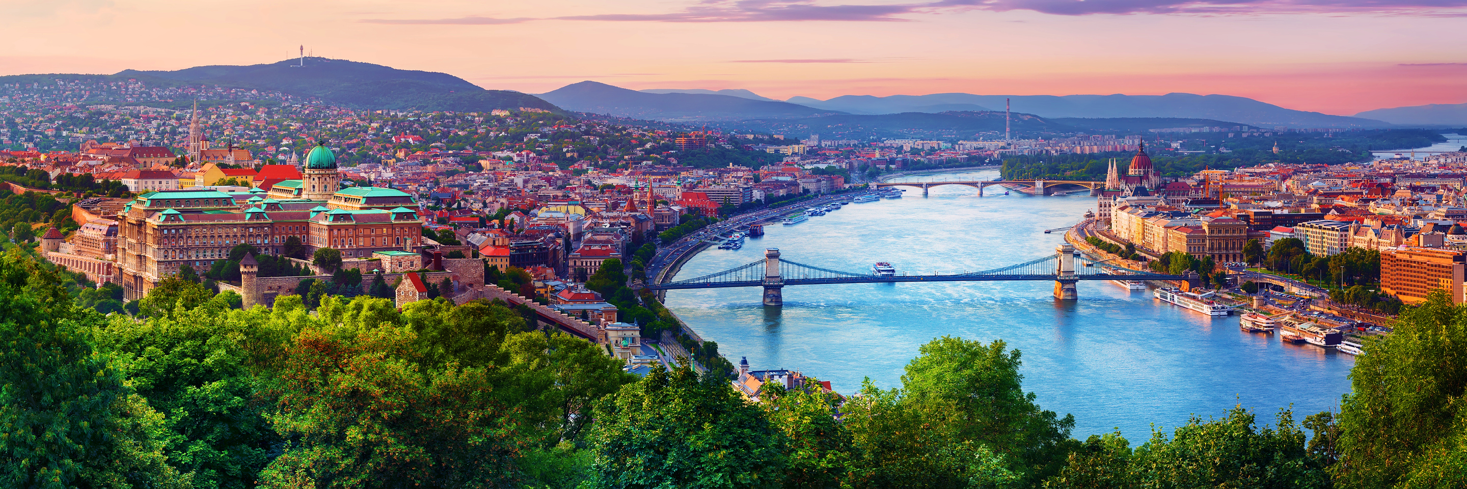 A Taste of the Danube with 2 Nights in Budapest (Eastbound)