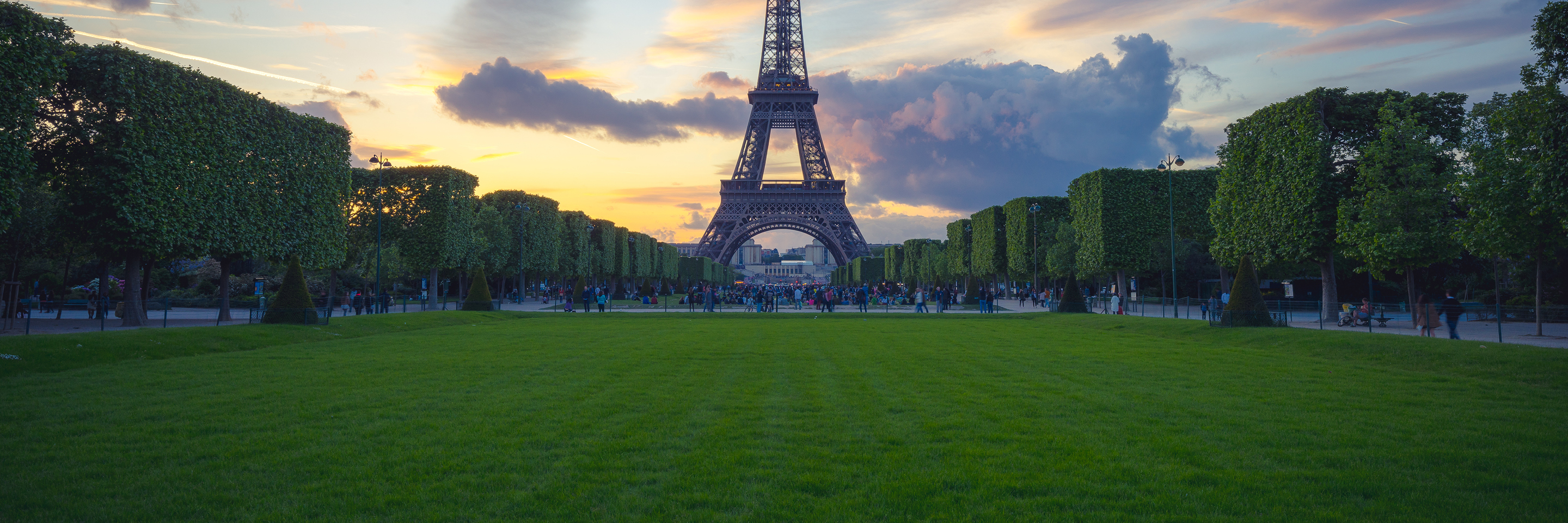 Active & Discovery on the Rhône with 2 Nights in Paris   (Southbound)