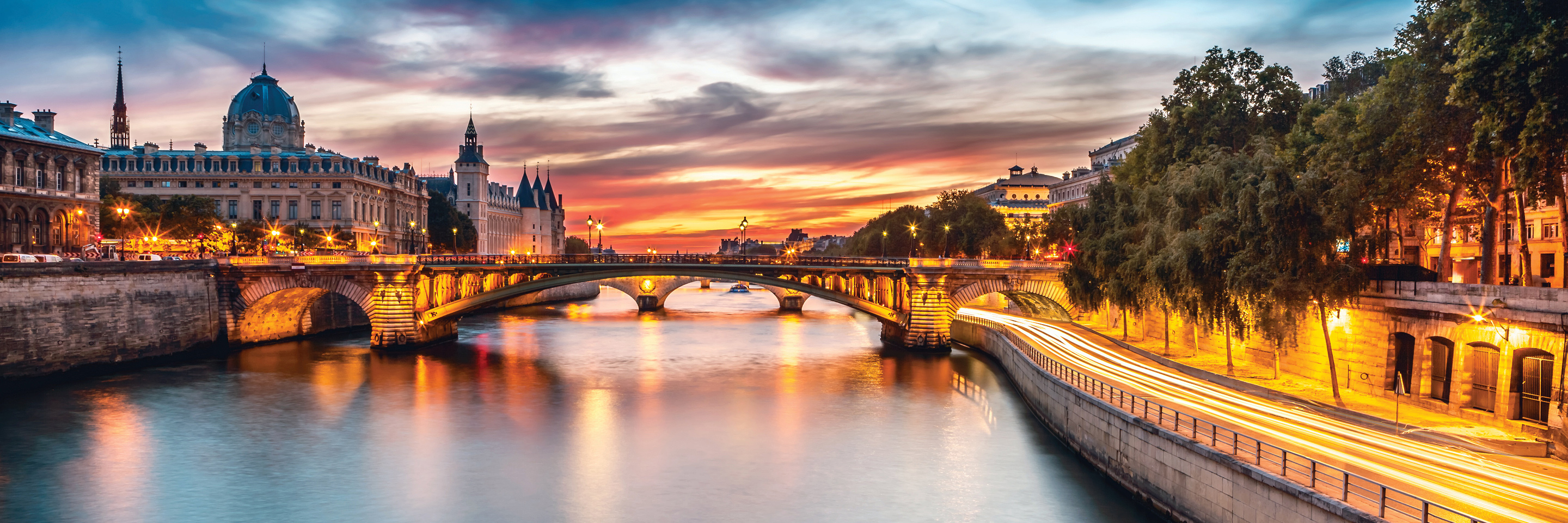 Tulip Time Cruise with 3 Nights in Paris