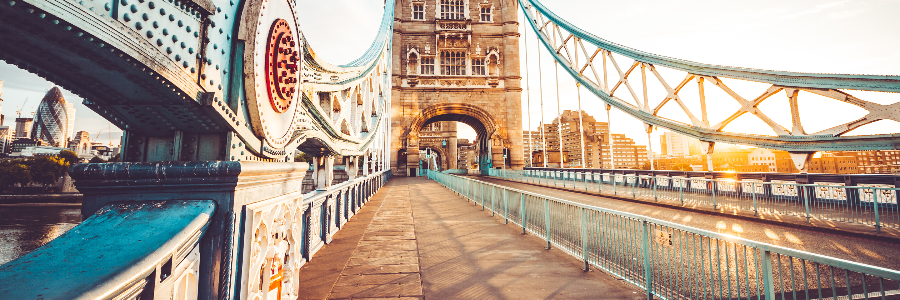 Jewels of Central Europe with 2 Nights in London & 2 Nights in Paris with Jewish Heritage (Eastbound)