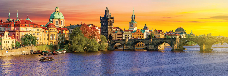 Dream backdrops along the Vltava and Elbe - Prague to Dresden