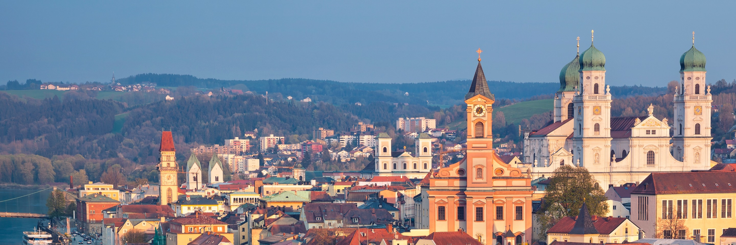 Danube Dreams with 2 Nights in   Prague with Jewish Heritage (Westbound)