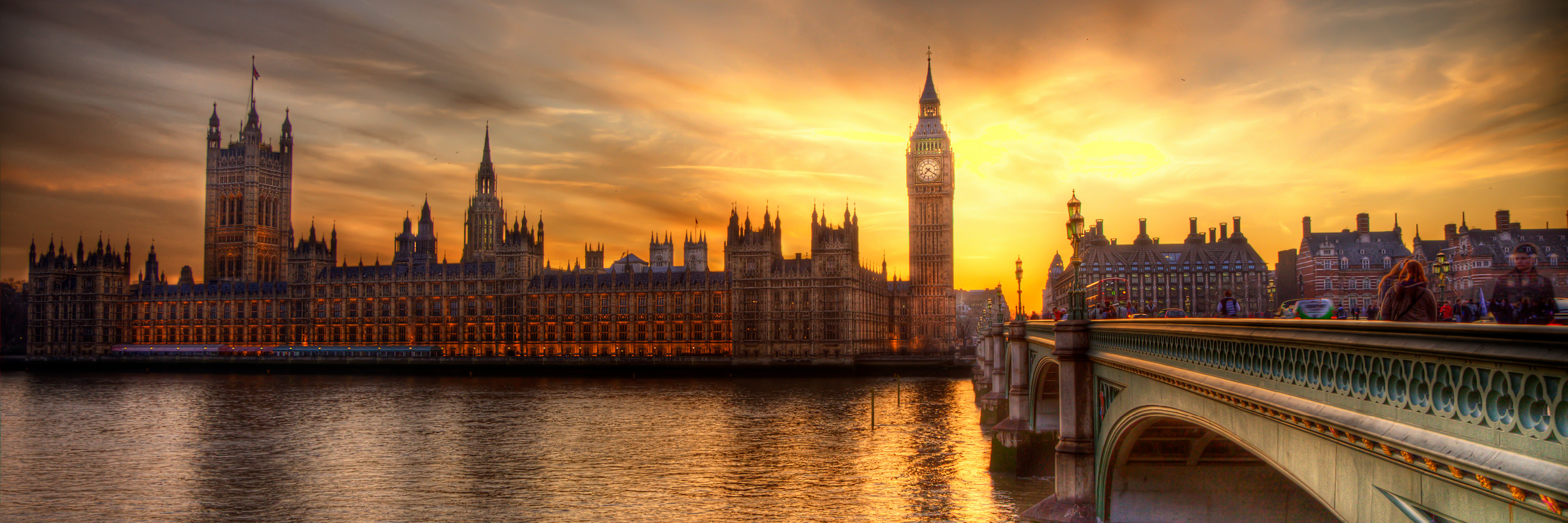 Jewels of Central Europe with 2 Nights in London & 2 Nights in Paris (Eastbound)