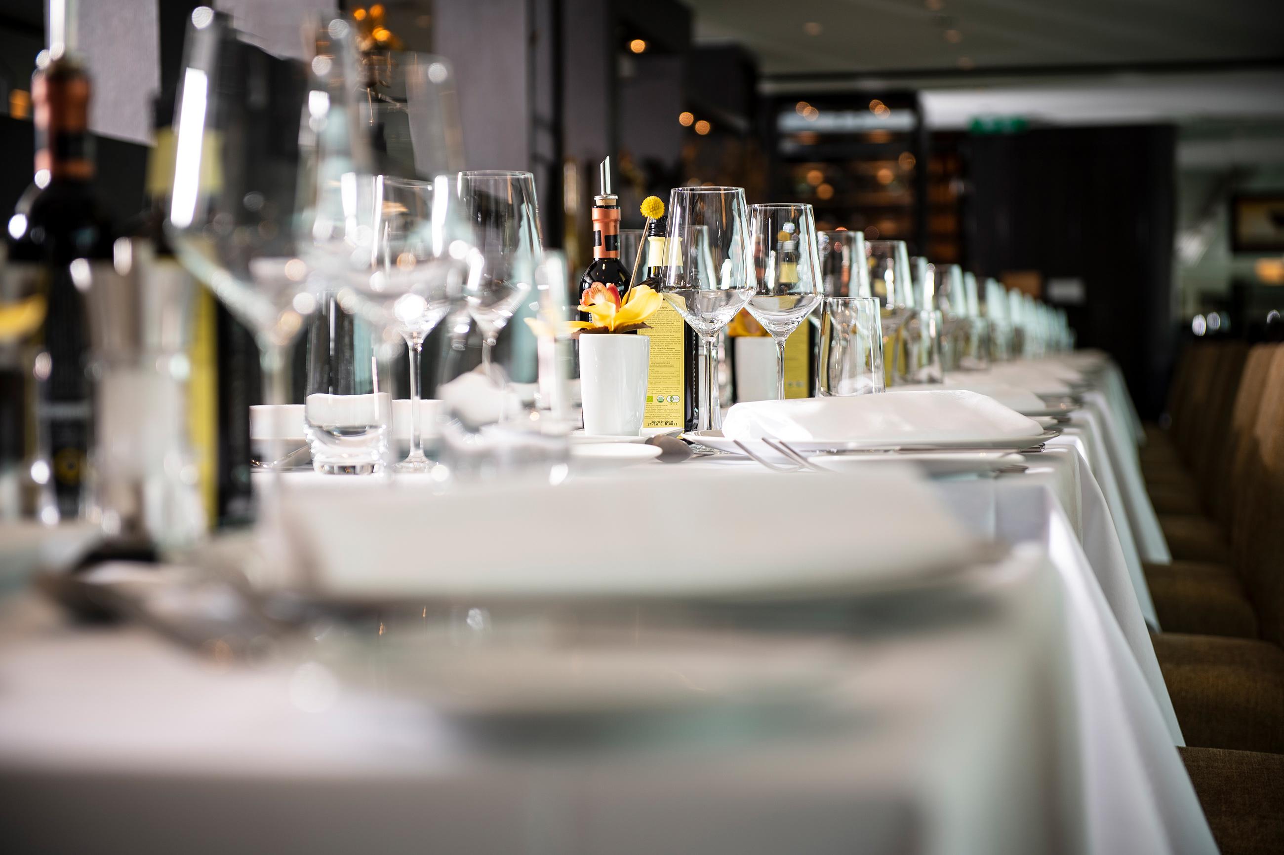 dining-room-wine1.jpg