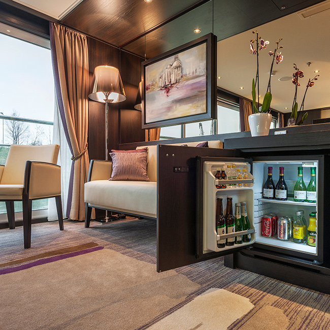 River Cruise Room