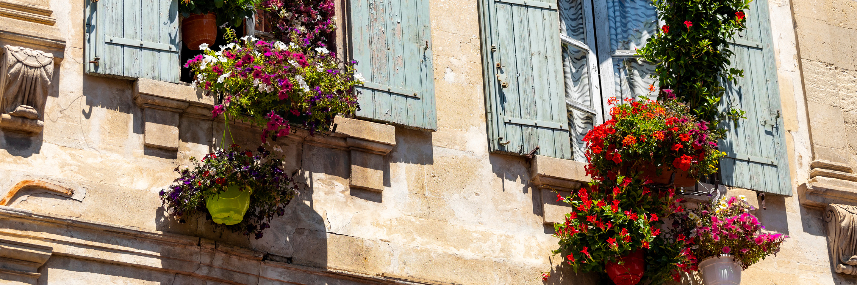 A Culinary Experience in Grand France with 2 Nights in Aix-en-Provence & 2 Nights in Nice (Southbound)