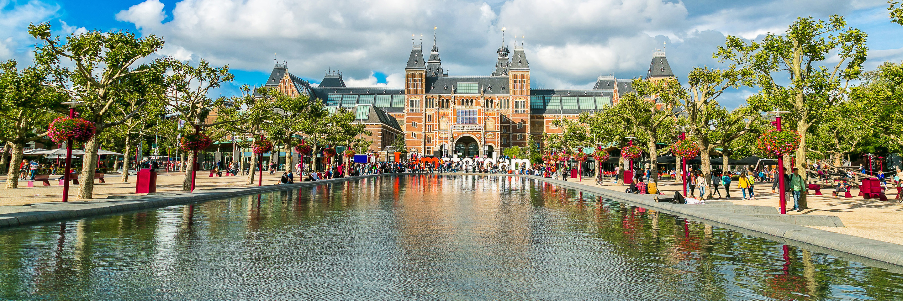 Tulips of Northern Holland with 1 Night  in Amsterdam