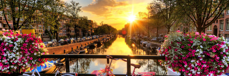 Bites, Brews & Views of  Holland & Belgium with 1 Night in Amsterdam