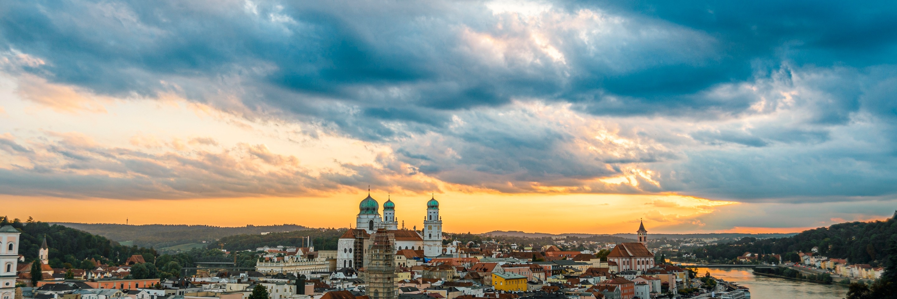 Danube Dreams with 2 Nights in Prague for Wine Lovers (Westbound)