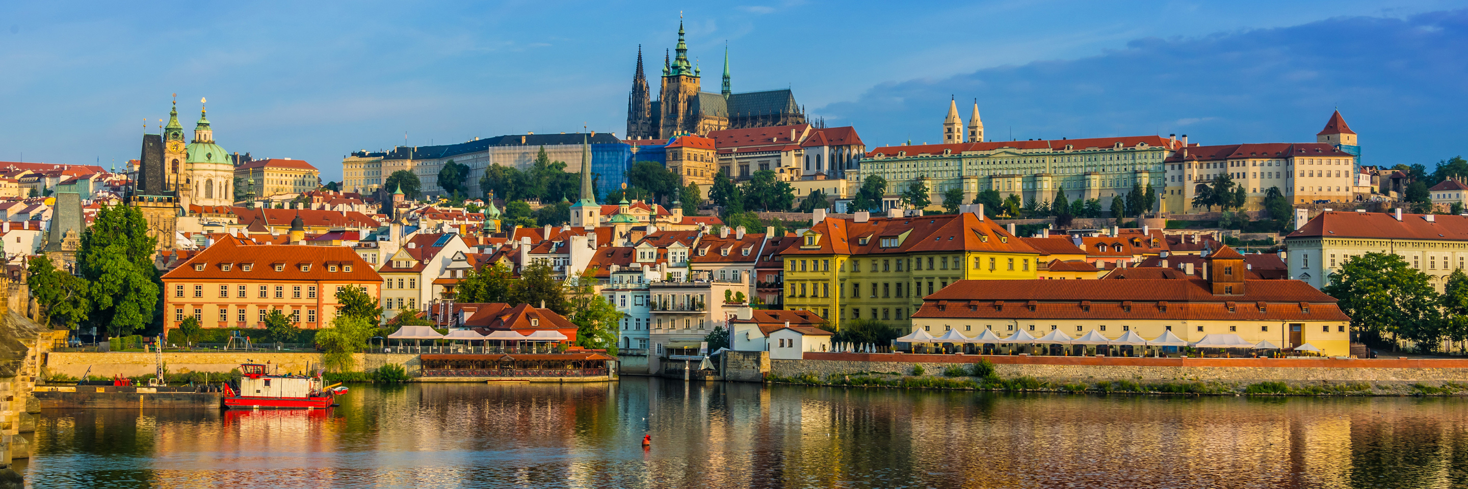 Once upon Three Rivers: the Rhine, Moselle & Main with 2 nights in  Prague, 2 nights in Paris and 2 nights in London for Photography Enthusiasts