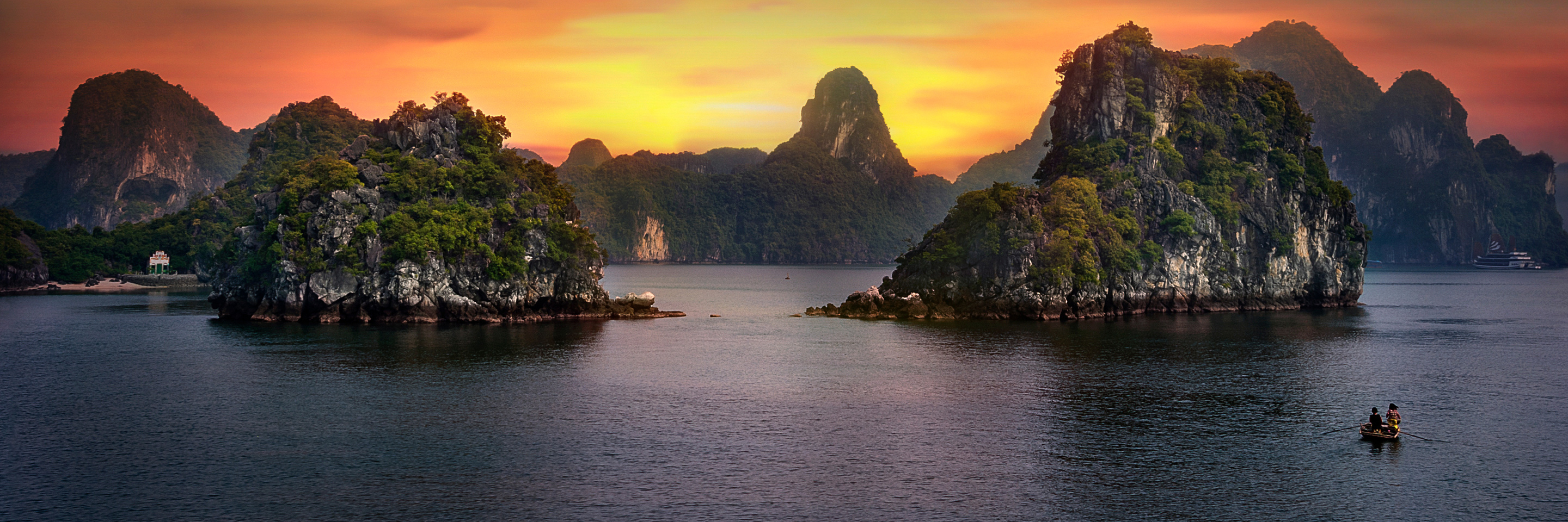 Fascinating Vietnam, Cambodia & the Mekong River with Hanoi & Ha Long Bay (Northbound)