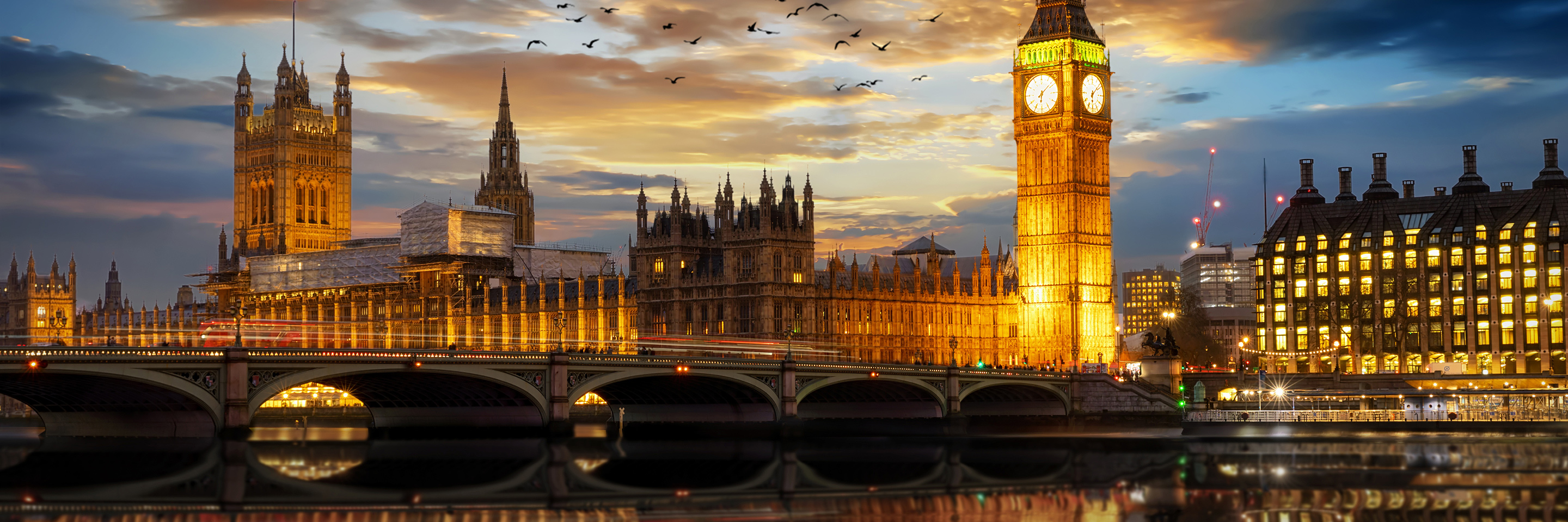 Jewels of Central Europe with 2 nights  in Paris & 2 nights in London for  Photography Enthusiasts