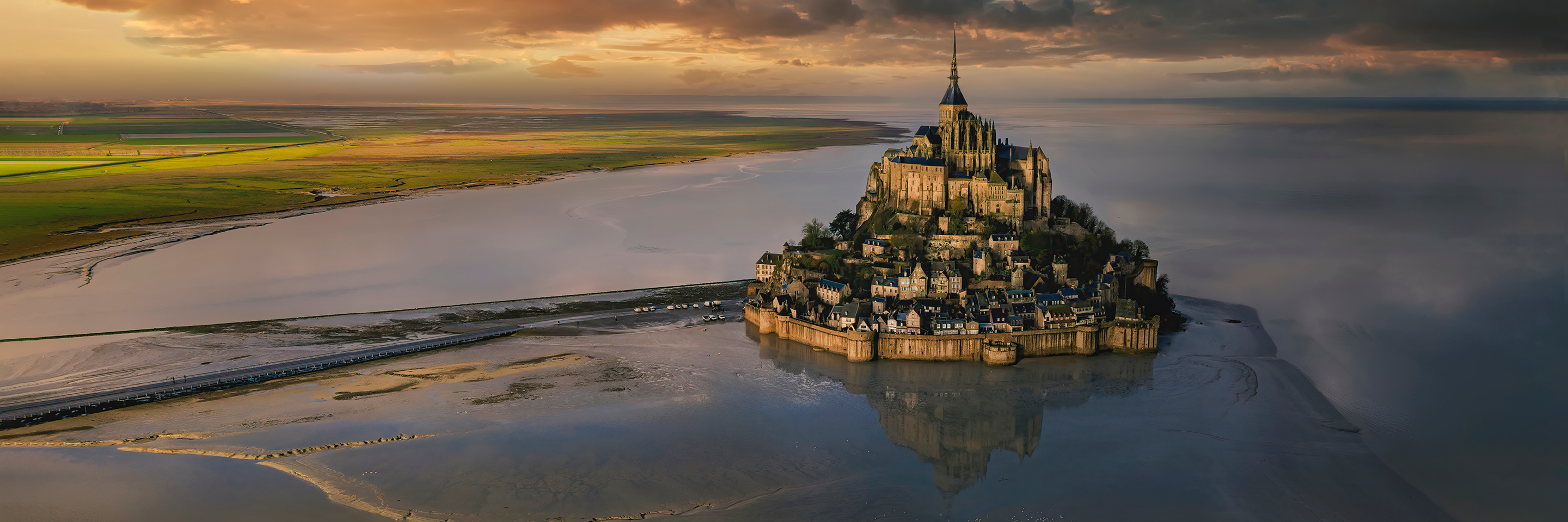 Active & Discovery on the Seine with 1 Night in Mont St.   Michel & 1 Night in Saint-Malo (Northbound)